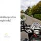 Painel de uma moto e ao lado está escrito: o motoboy precisa ser registrado?